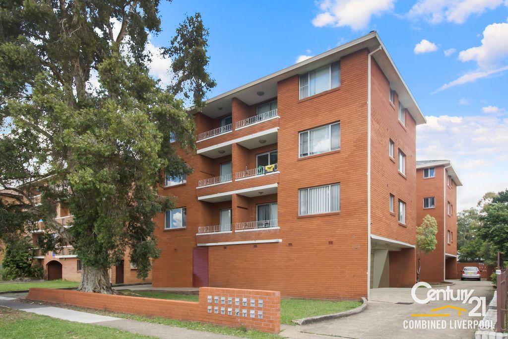 4/3 Hart Street, Warwick Farm NSW 2170, Image 0