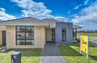 Picture of 17 Towncentre Drive, Thornlie WA 6108