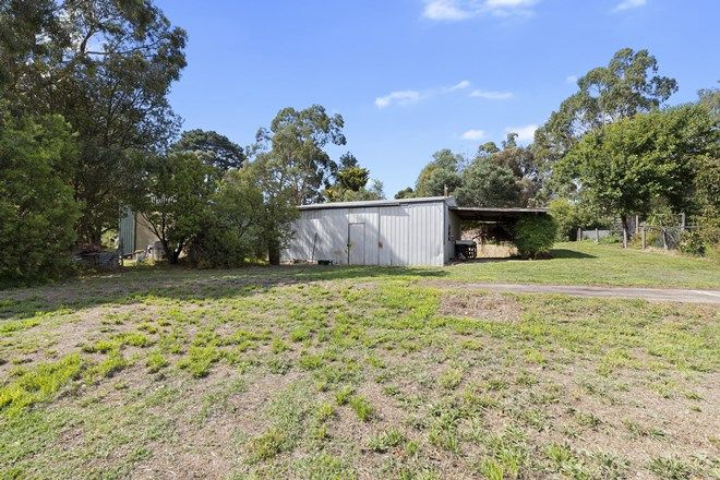 Picture of 33 DRY CREEK CRESCENT, WANDONG VIC 3758