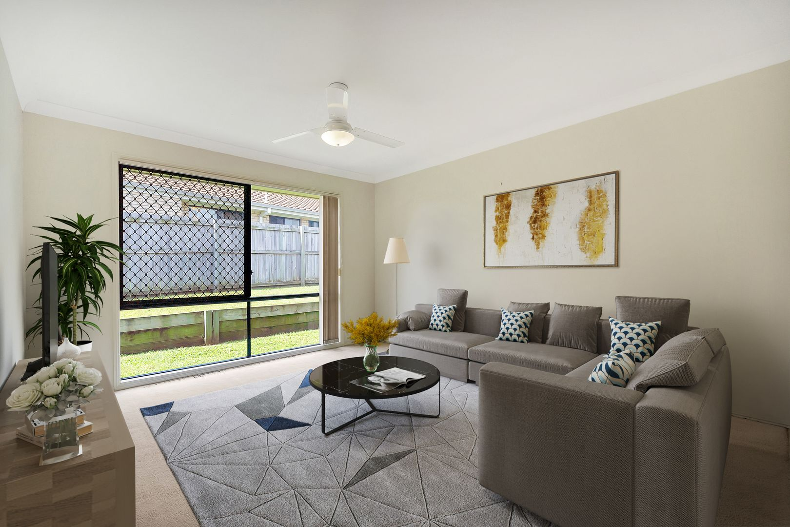 27 Cherokee Place, Heritage Park QLD 4118, Image 2