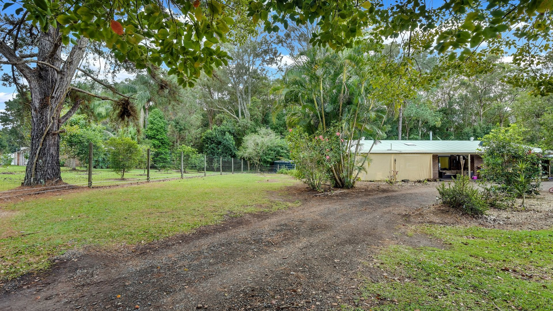 6 Brechin Court, Mooloolah Valley QLD 4553, Image 2