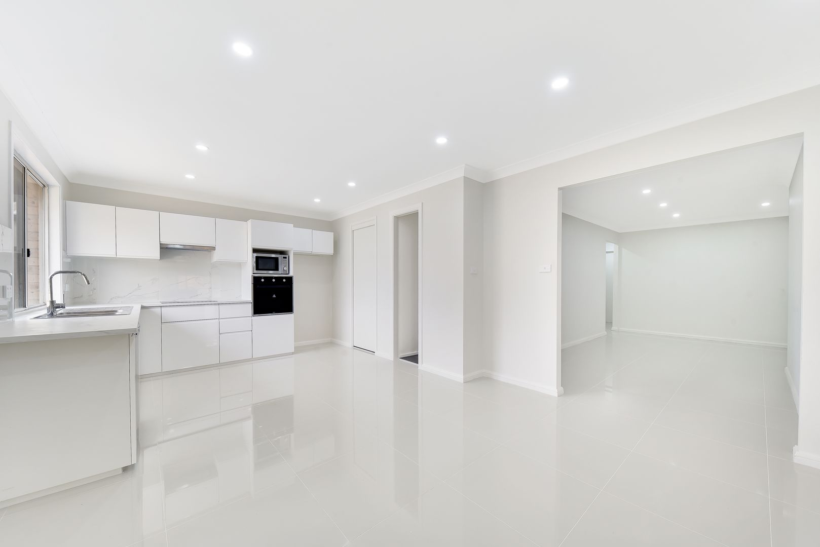 9 Angourie Place, Bow Bowing NSW 2566, Image 0