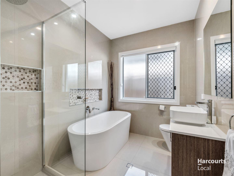 19 Mount Ballow Street, Park Ridge QLD 4125, Image 1