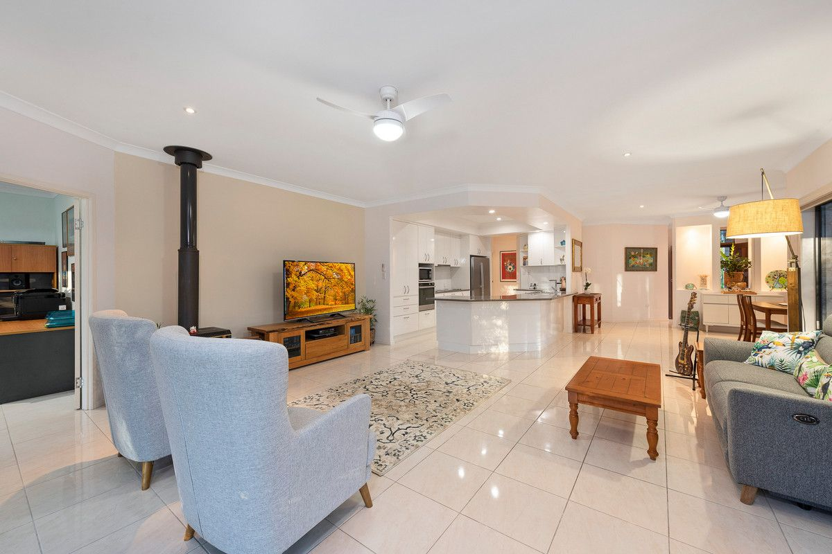 53 Tammy Road, Moore Park Beach QLD 4670, Image 2