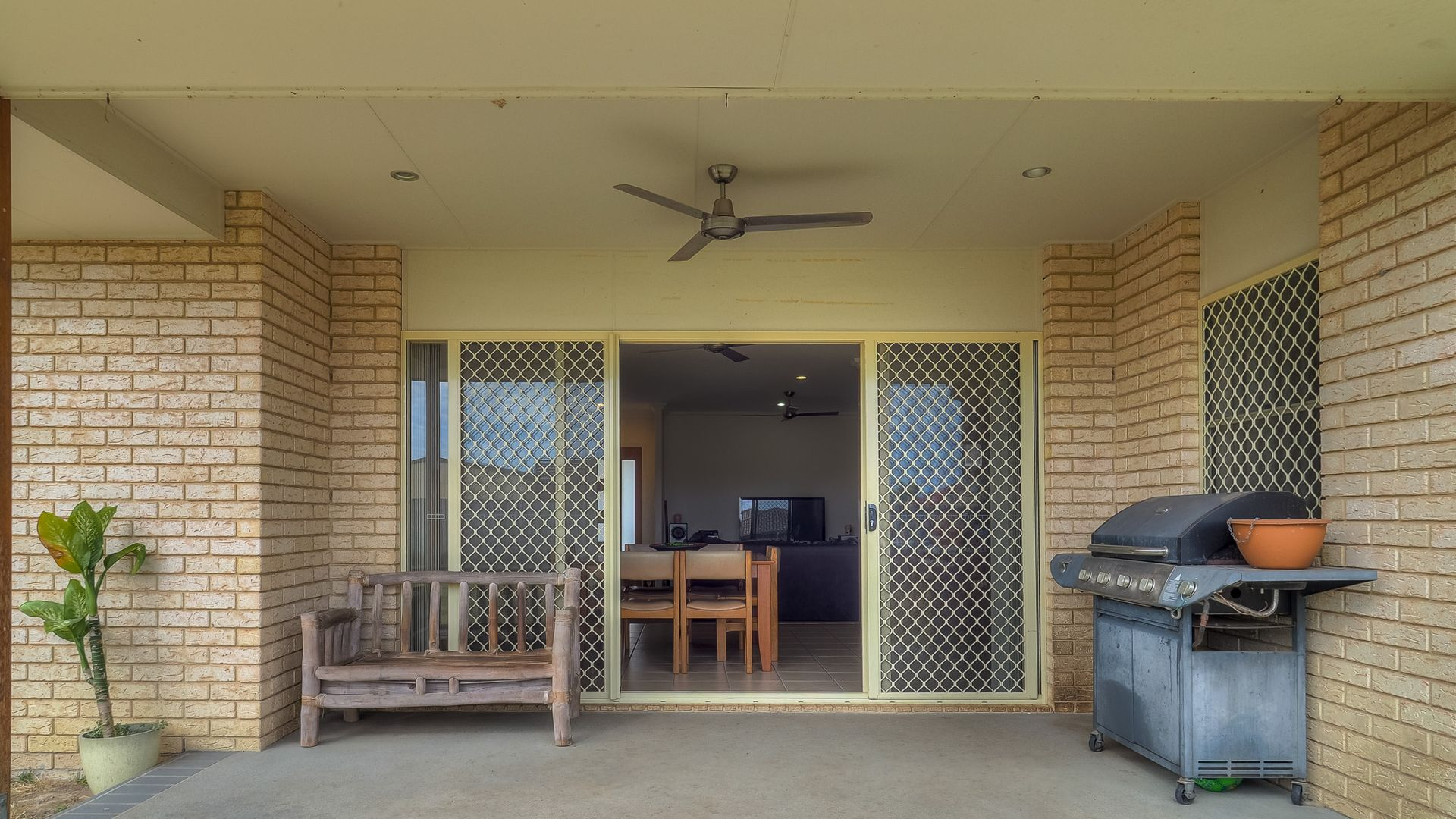 36 YARRILEE CIRCUIT, Dundowran QLD 4655, Image 1