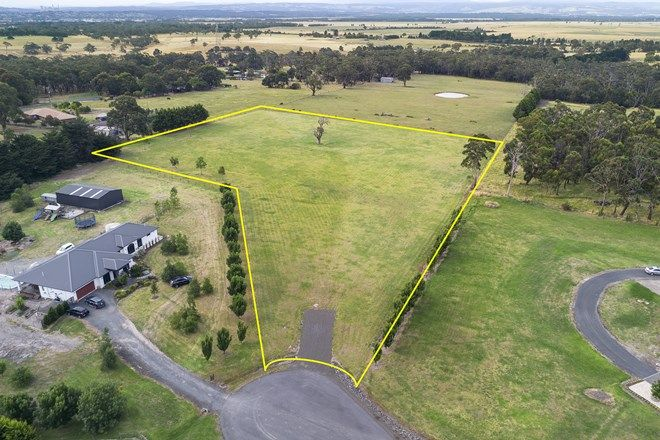 Picture of 34 Henderson Place, HAZELWOOD NORTH VIC 3840