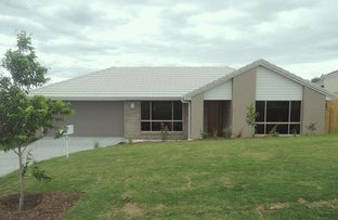 12 Sapphire Place, Pimpama QLD 4209