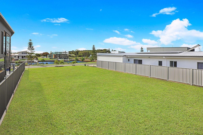 27 Marina View Drive, Pelican Waters QLD 4551, Image 1