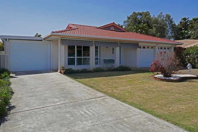 Picture of 38 Lachlan Avenue, TUNCURRY NSW 2428
