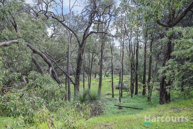 Picture of 16 Ophelia Grove, MOUNT NASURA WA 6112