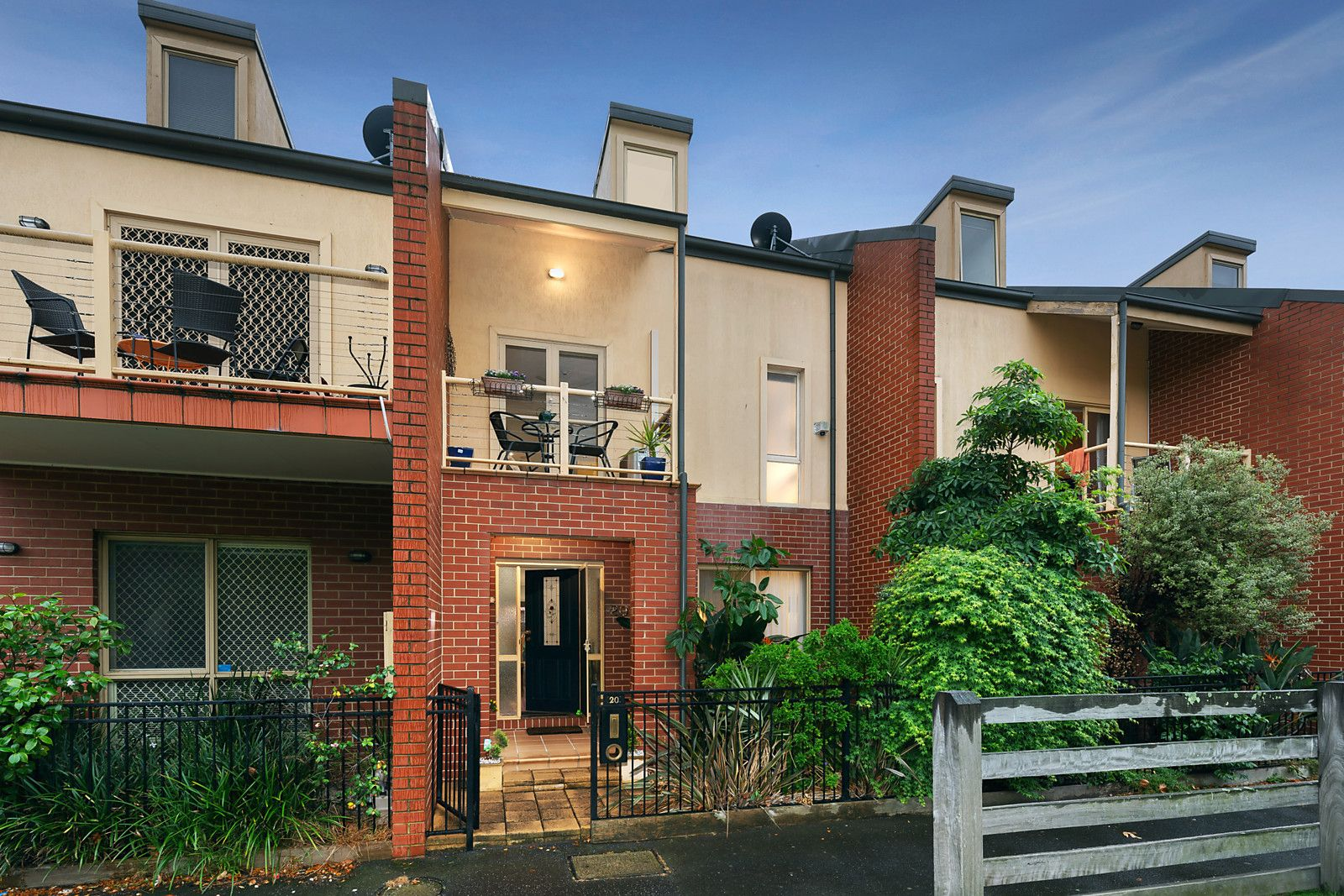 20 Simpson Walk, Kensington VIC 3031, Image 0
