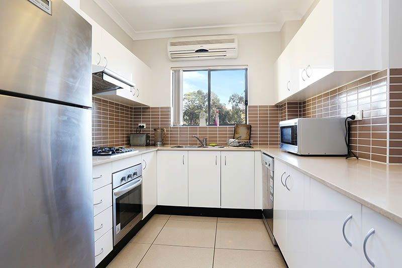 2/20-22 Briens Road, Northmead NSW 2152, Image 1
