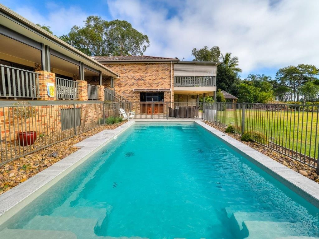 22 Meadow Drive, Dundowran Beach QLD 4655, Image 2