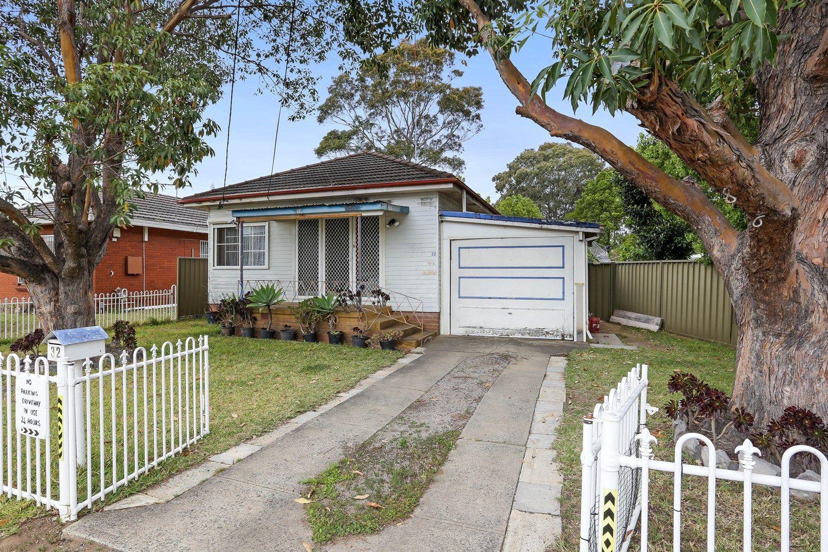 32 Mountford Avenue, Guildford NSW 2161, Image 0