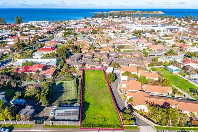 Picture of 16 William Street, VICTOR HARBOR SA 5211