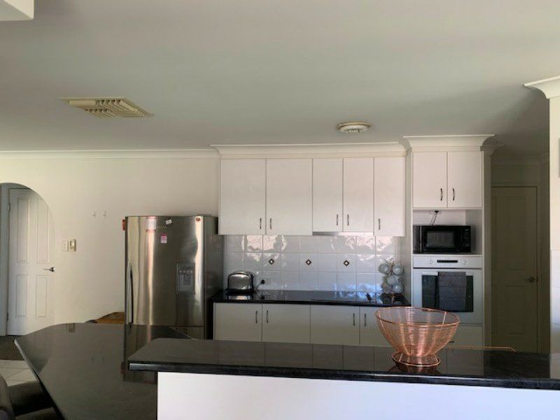 124 Bowen Street, Roma QLD 4455, Image 2