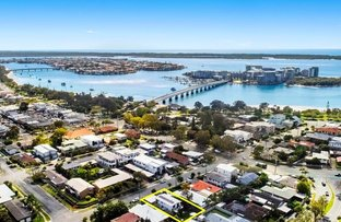 Picture of 34 Errol Avenue, Paradise Point QLD 4216