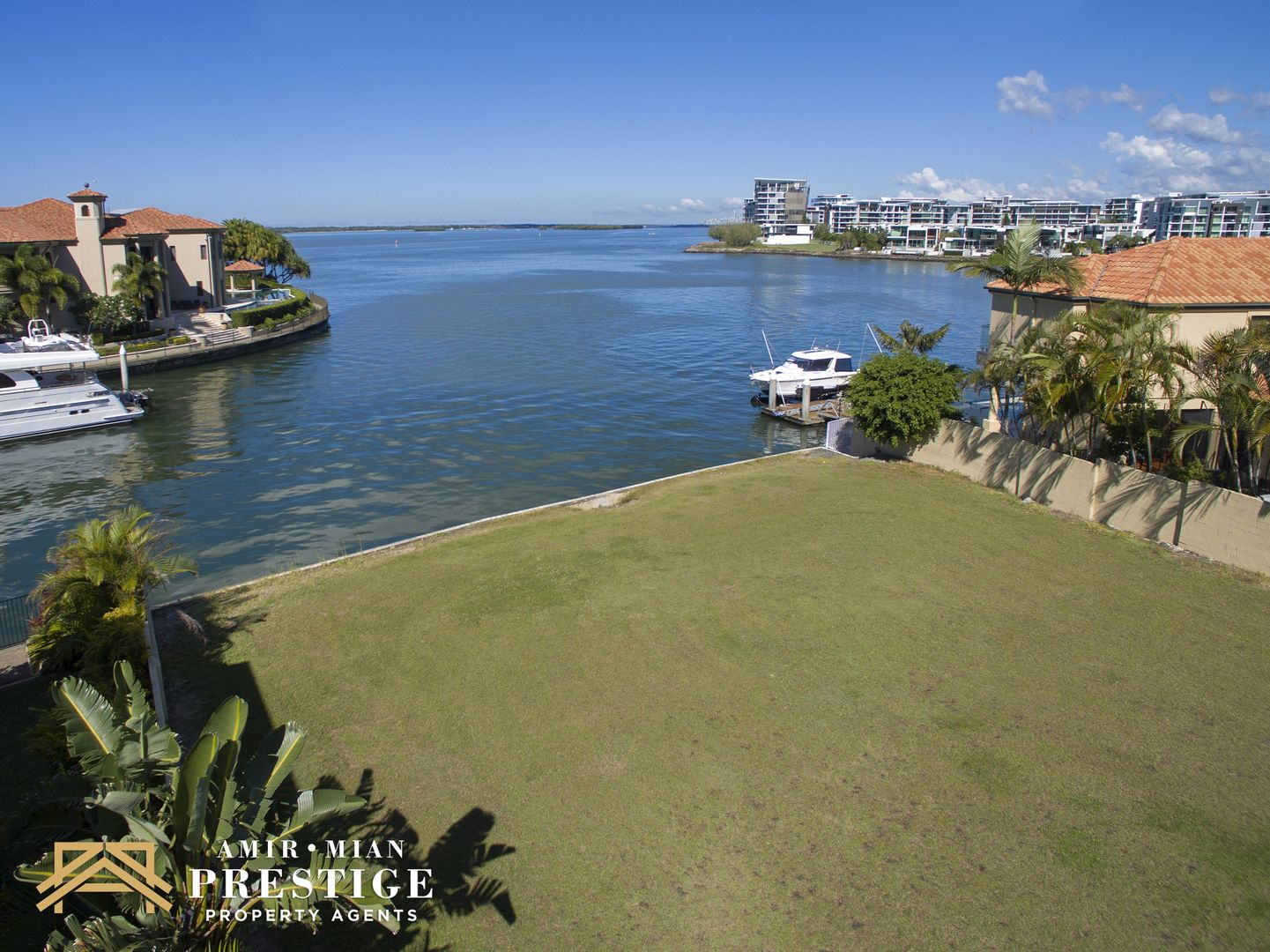24 Brittanic Crescent, Sovereign Islands QLD 4216, Image 0