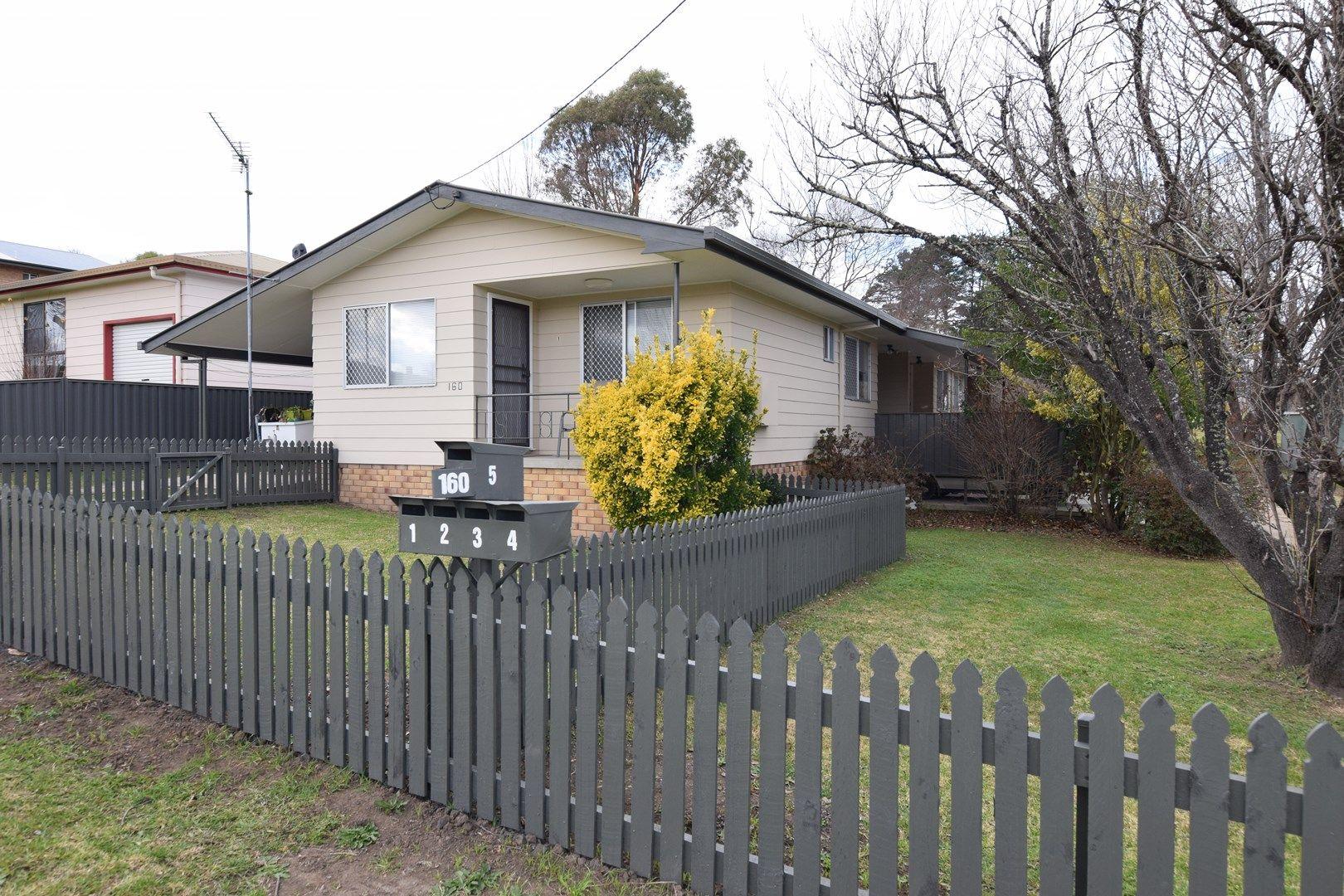 4/160 Bulwer St, Tenterfield NSW 2372, Image 0
