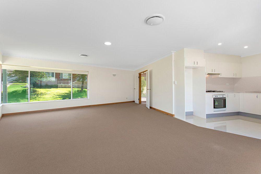 20 Niblick Crescent, Oatlands NSW 2117, Image 2