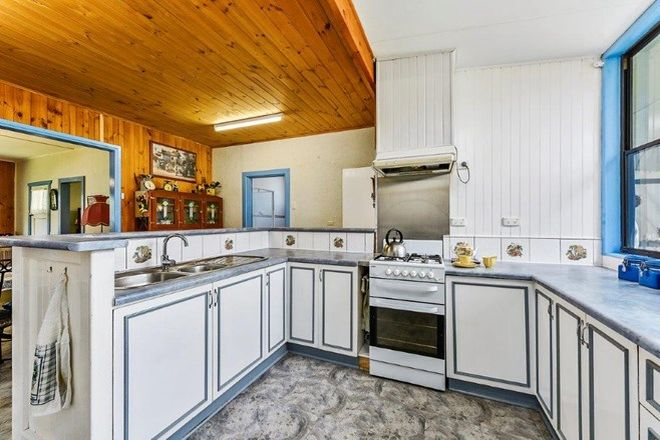 Picture of 15 Gray Terrace, MOUNT BURR SA 5279