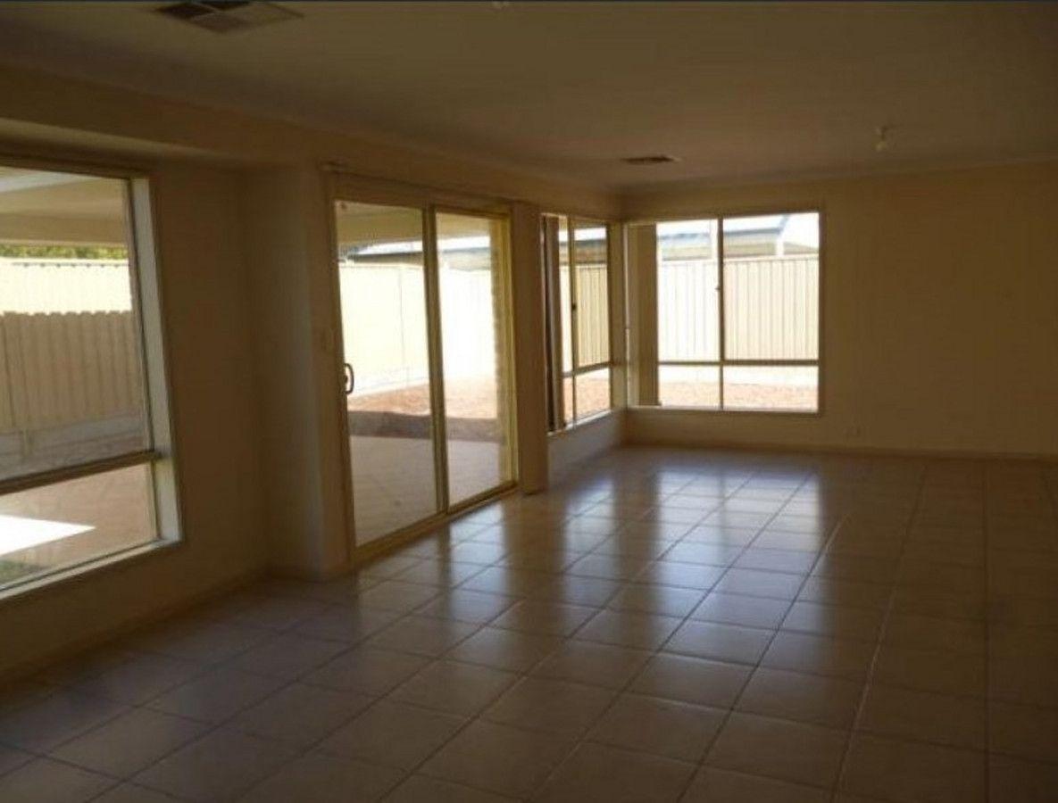 30 Basin Street, Aldinga Beach SA 5173, Image 2