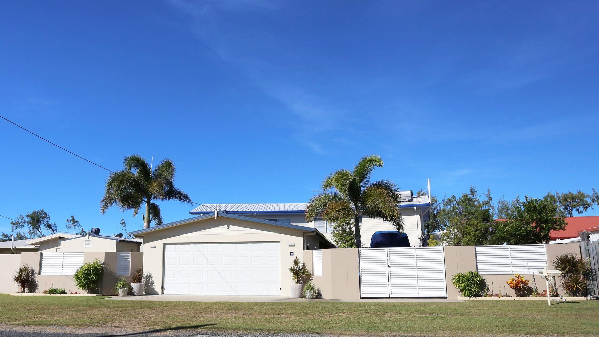 24 Owen Jenkins Drive, Sarina Beach QLD 4737, Image 2