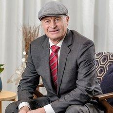 Chris Johnston, Sales representative