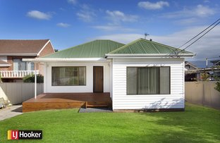 Picture of 65 Grand View Parade, Lake Heights NSW 2502