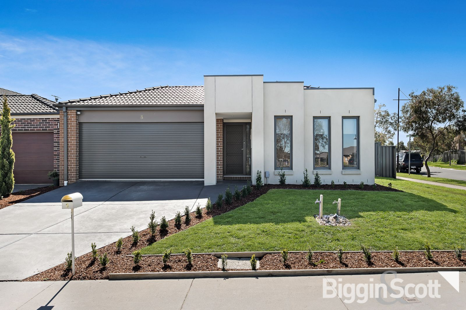 8 Blackberry Alley, Cranbourne North VIC 3977, Image 0