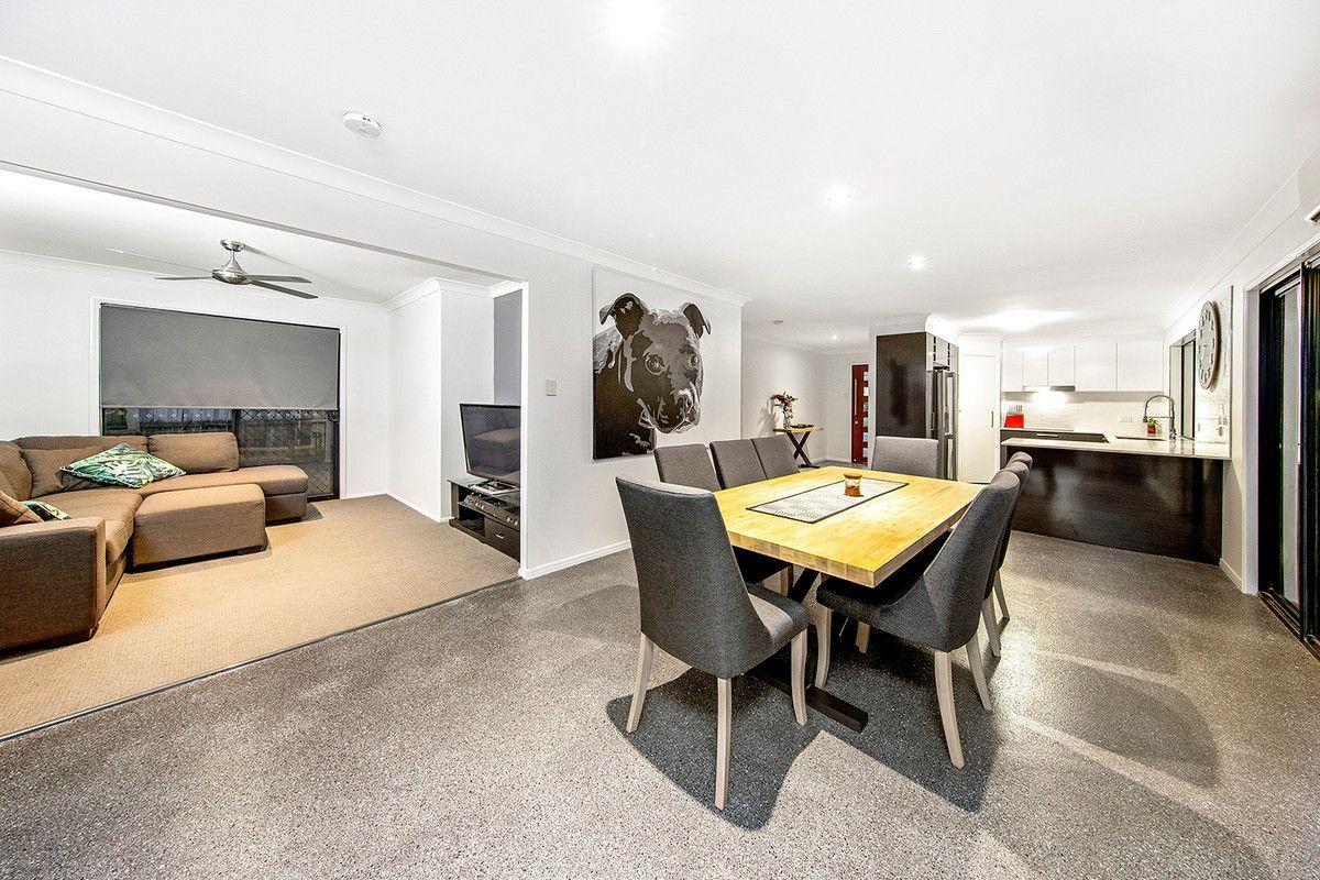 32 Reynolds Street, Carindale QLD 4152, Image 0