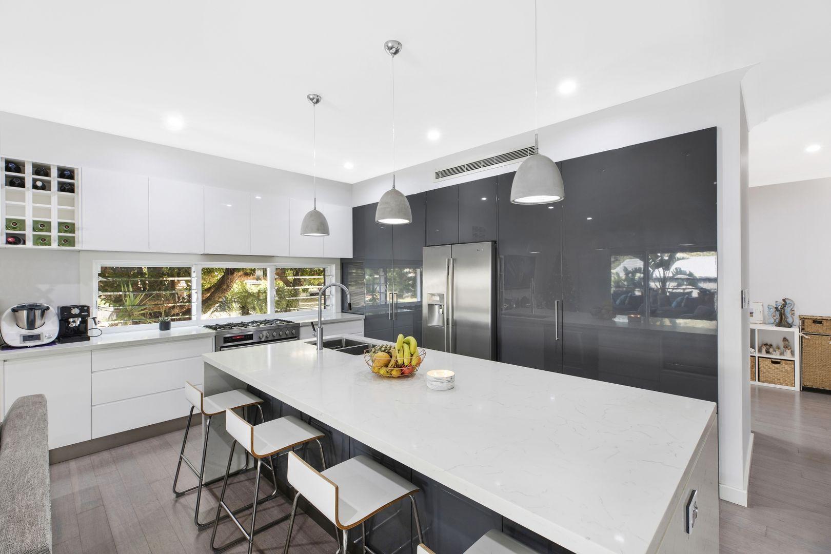 17 Melbourne Avenue, Umina Beach NSW 2257, Image 2
