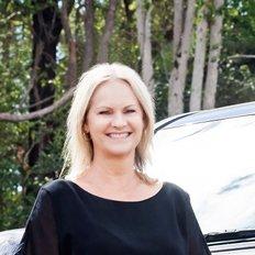 Cindy Lane, Sales representative