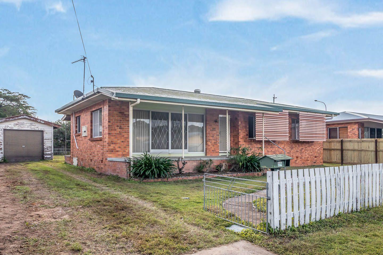 29 Drummond Street, Urangan QLD 4655, Image 0