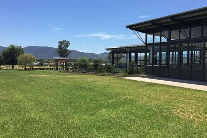 Picture of 58 PEAK DRIVE, HILLVUE NSW 2340