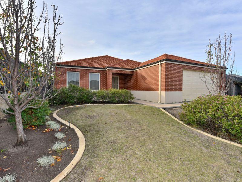 10 Durant Way, Ellenbrook WA 6069, Image 2