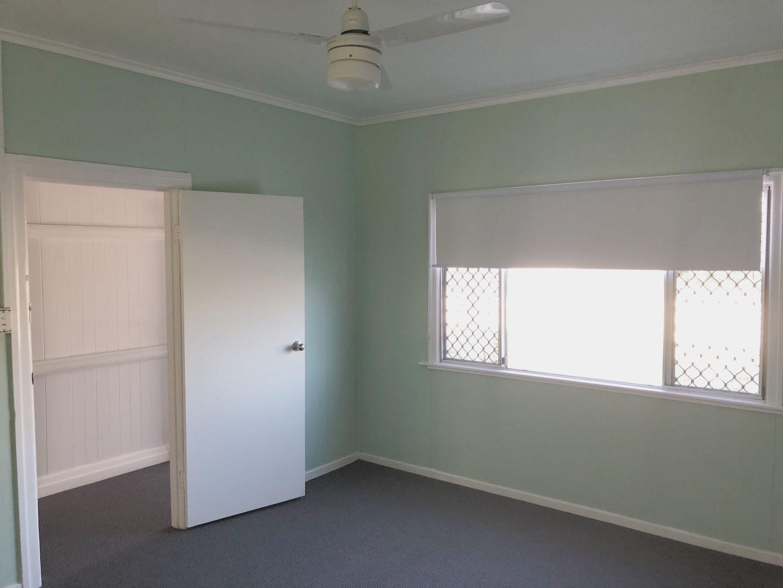 11 Thorley Street, Dalby QLD 4405, Image 2