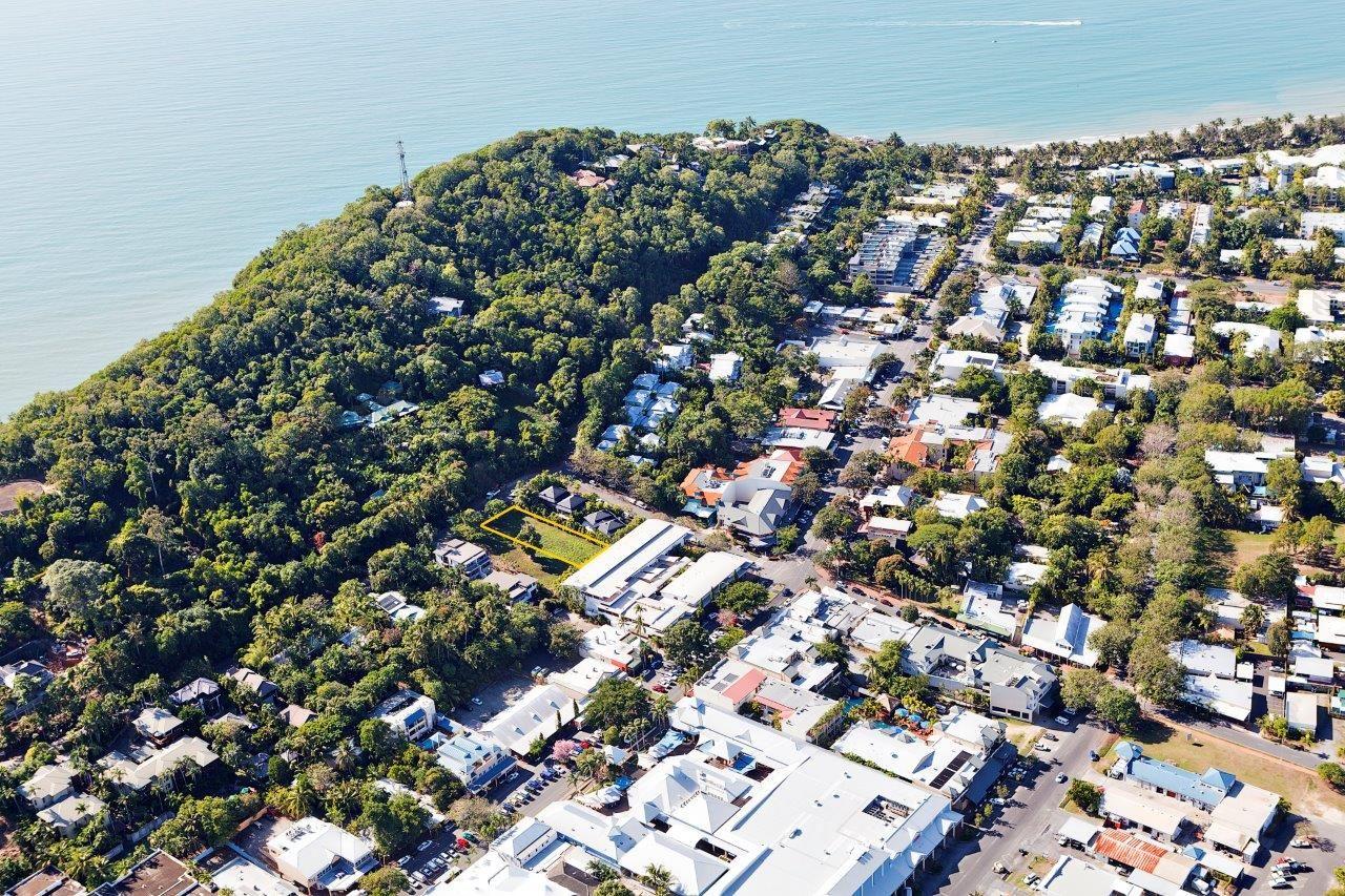 27 Murphy Street, Port Douglas QLD 4877, Image 2