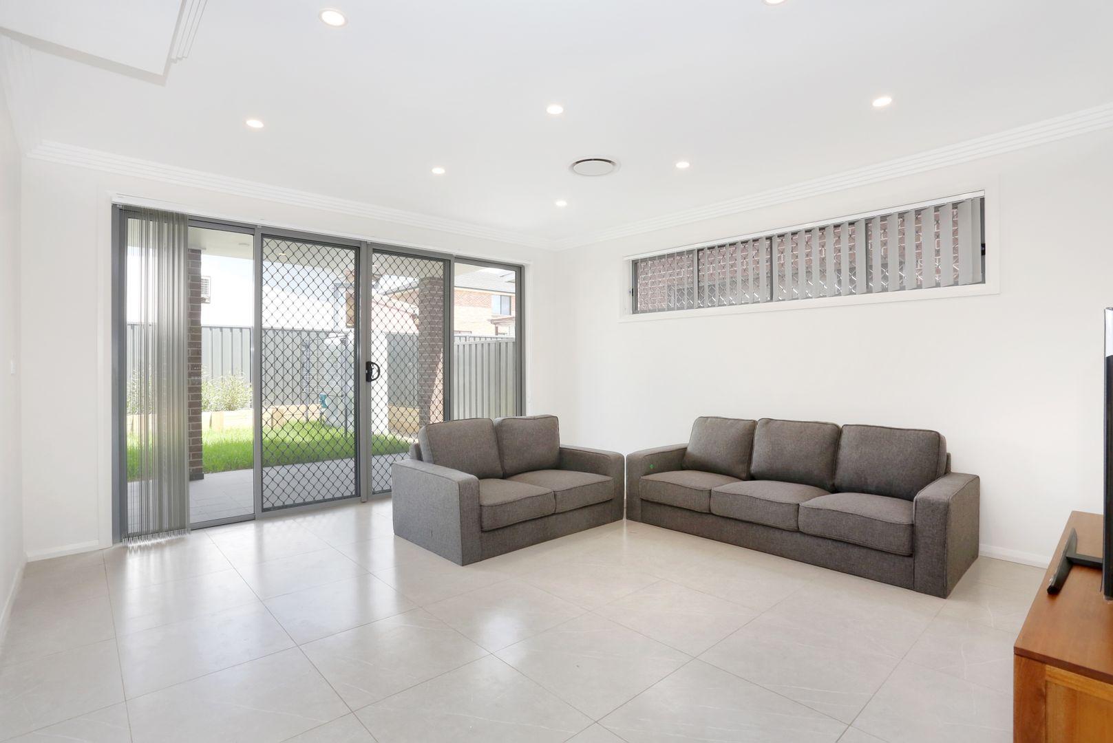 1 Barton Street, Smithfield NSW 2164, Image 2