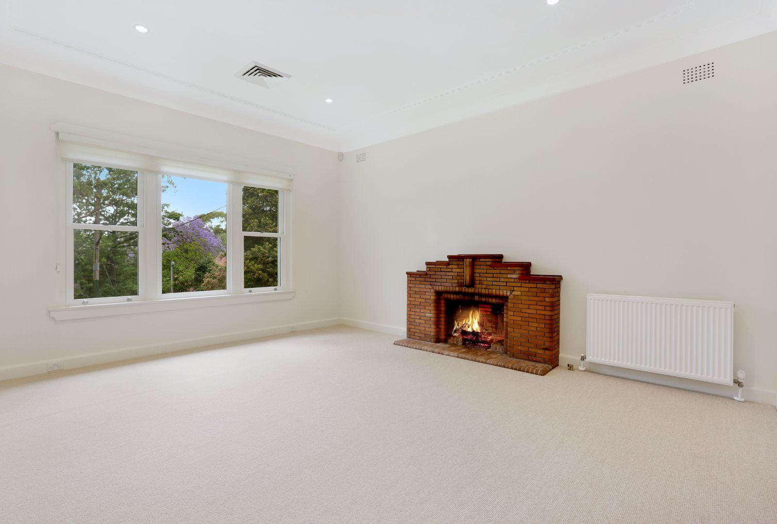 11 Waratah Rd, Turramurra NSW 2074, Image 2