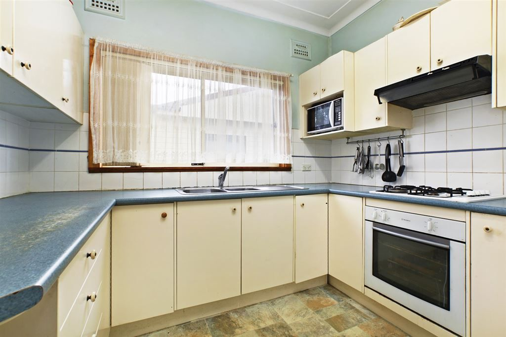 45 Killarney Avenue, Blacktown NSW 2148, Image 2