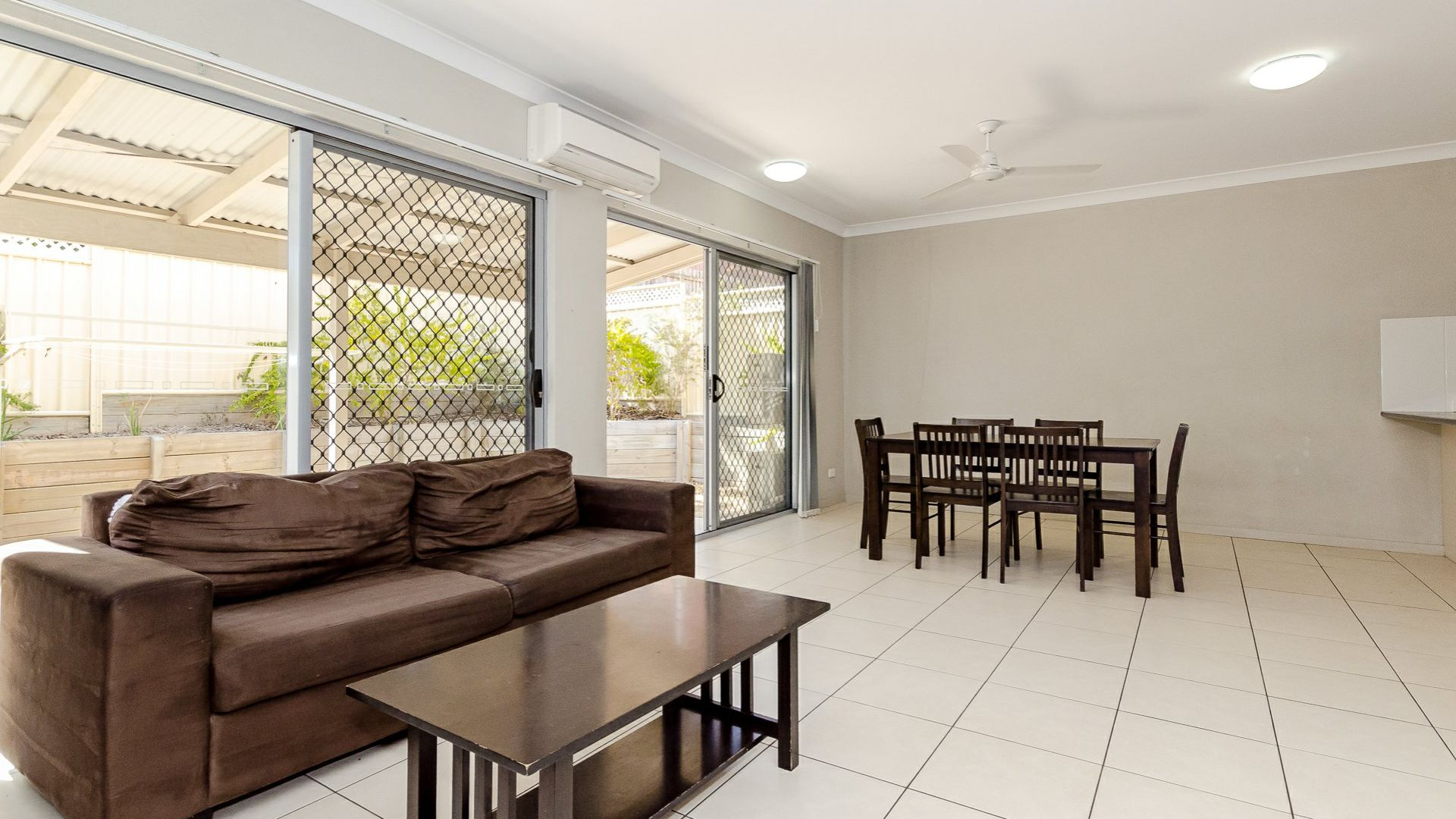 9/216 Oaka Street, South Gladstone QLD 4680, Image 1