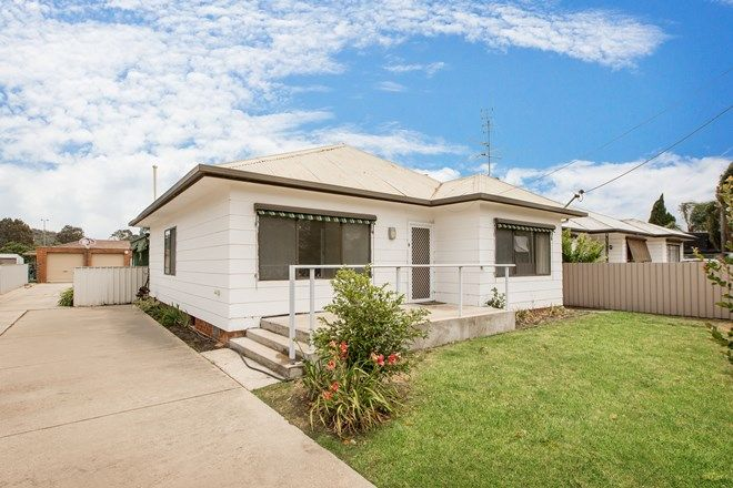 Picture of 1 & 2/465 Bownds Street, LAVINGTON NSW 2641