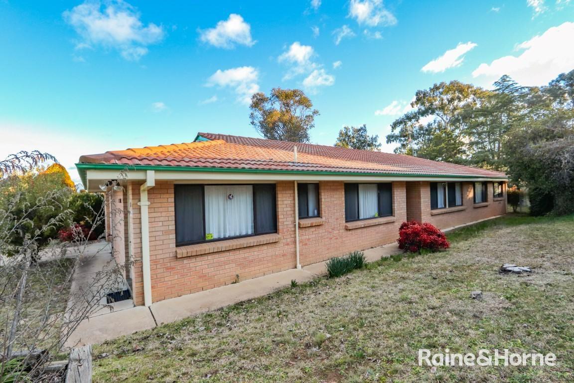 8 Hughes Street, Bathurst NSW 2795, Image 0