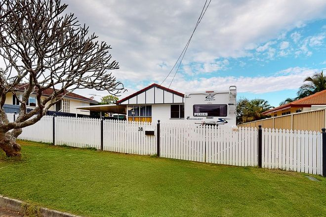 Picture of 38 Pownall Crescent, MARGATE QLD 4019