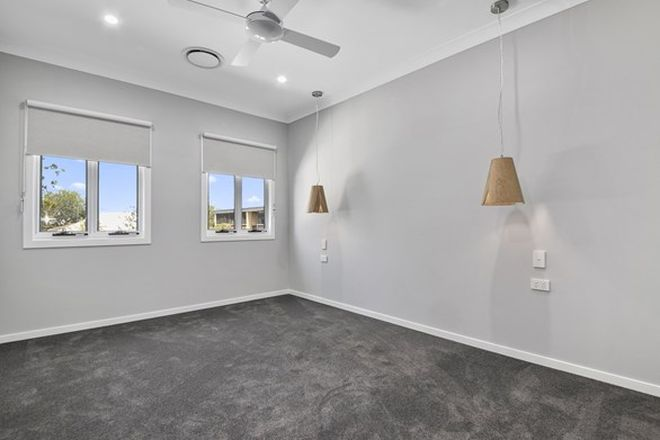 Picture of 3/57 Stuckey Road, CLAYFIELD QLD 4011