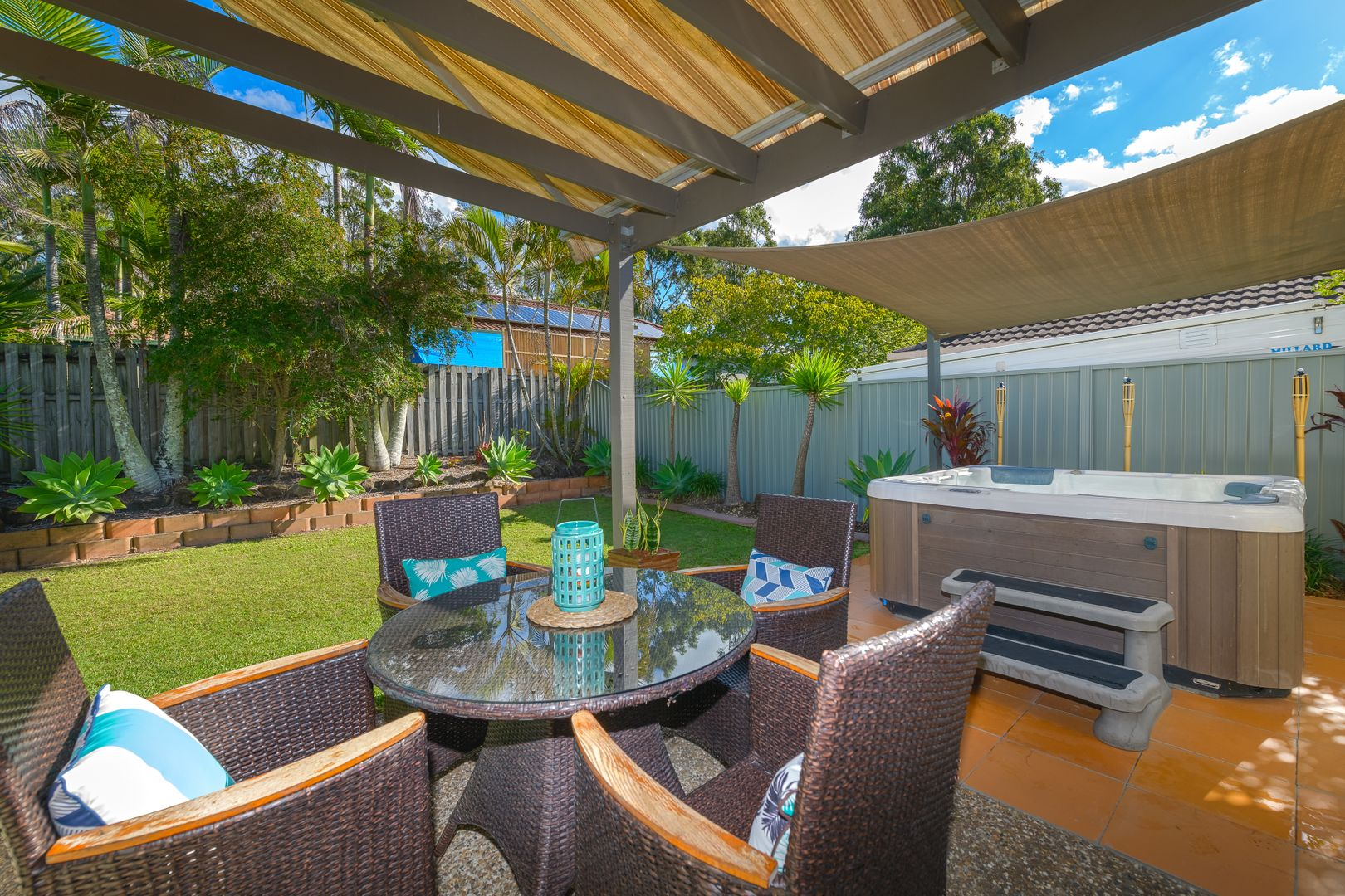 1/1 Joshua Close, Arundel QLD 4214, Image 0