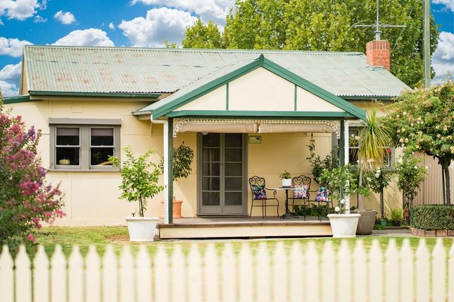 Picture of 262 OLIVE STREET, SOUTH ALBURY NSW 2640