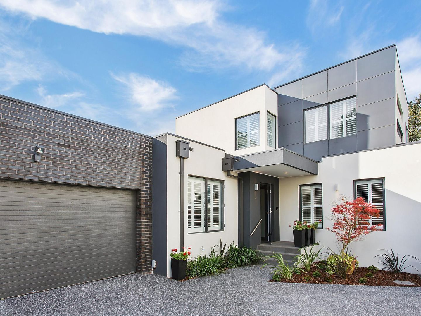 2/8 Woodview Court, Wheelers Hill VIC 3150, Image 0