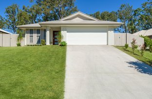 Picture of 33 Hilltop Avenue, Southside QLD 4570